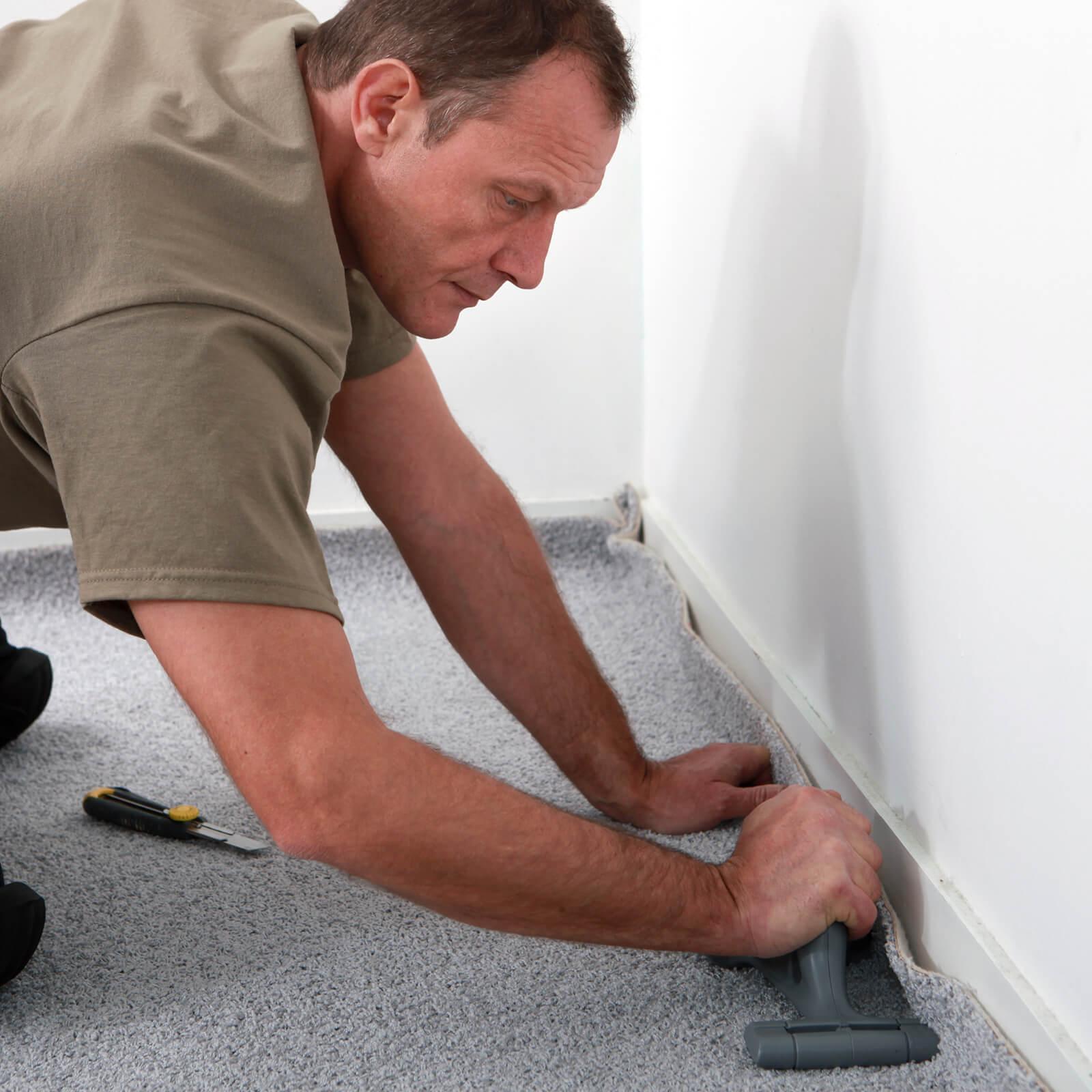 Carpet Install 1600x1600, Paneling Factory Of Virginia